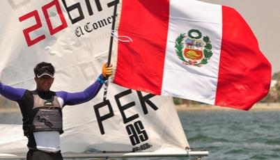 Stefano Peschiera compite con los mejores veleristas del mundo